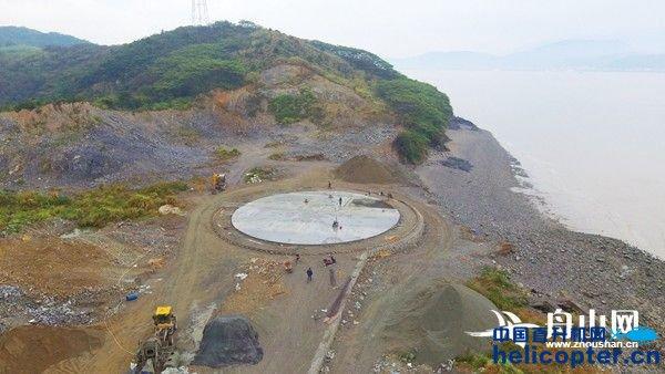 在建的登步岛海防直升机停机坪.图/舟山网